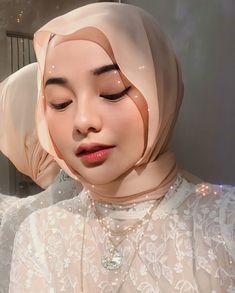 Muslim Fashion, Modest Fashion, Hijab Fashion, Fashion Fashion, Fashion Outfits, Casual Hijab Outfit, Ootd Hijab, Mode Turban, Sweet Makeup