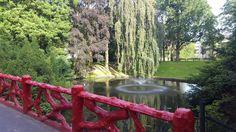 Grote ronde vijver met fontein, Valkenberg
