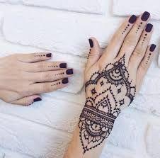 Henna Designs & Art Source by msksxx Henna Tattoo Hand, Hand Tattoos, Henna Ink, Tatoos, Cute Henna Designs, Mehndi Designs For Hands, Henna Tattoo Designs, Indian Henna Designs, Design Tattoos