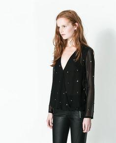 Ultima collezione camicie da donna nel catalogo ZARA TRF online. Trovate top, croptop e camicie in jeans, in seta, da sera, manica corta, a ...