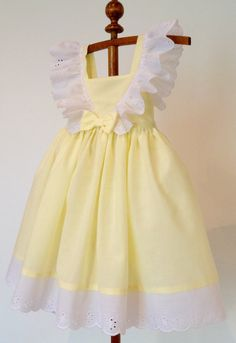 Yellow and White Frilly Lace Dress for Girls Cotton Sun Dress in Size 4 Handmade Ready to Ship Spring Summer Easter Dress Little Dresses, Little Girl Dresses, Flower Girl Dresses, Vintage Girls Dresses, Girls Easter Dresses, Dress Vintage, Vintage Style, Girl Fashion, Fashion Dresses