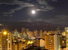 """Colombia - Bucaramanga, """"La Ciudad Bonita"""".., Santander."""