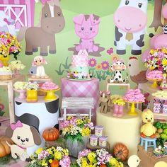 Fiesta granja de Zenón para niña - Adornos para fiesta de granja Cow Birthday Parties, 2 Birthday, Girl First Birthday, Party Fiesta, Farm Party, Mom And Baby, First Birthdays, Baby Shower, Holiday