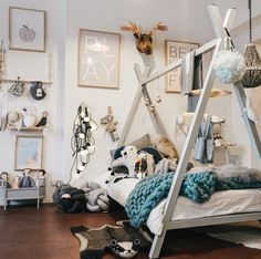 Wow! What a mix of stunning products @thelittlepopupshop! Open today, 268 Bay Street, Brighton 3186 [tap for details]  @spurlo_stylephotography ♡ #kidsinteriors #kidsdecor #popup #brickandmortar #kidsroom #playtime #cushions #toys #decor #bedroom #prints #tepeebed