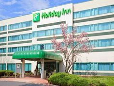 Princeton (NJ) Holiday Inn-Princeton United States, North America Holiday Inn-Princeton is perfectly located for both business and leisure guests in Princeton (NJ). The hotel has everything you need for a comfortable stay. All the necessary facilities, including free Wi-Fi in all rooms, 24-hour front desk, express check-in/check-out, luggage storage, room service, are at hand. Each guestroom is elegantly furnished and equipped with handy amenities. To enhance guests' stay, the...