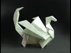 Learn to make this fantastic Origami Dragon! Designed by Robyn Hondow. Printable instructions are available for free from www.Origami-Fun.com