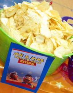 Toy Story Birthday Party Food- easy- Mr. and Mrs. Potato Head | Potato Chips
