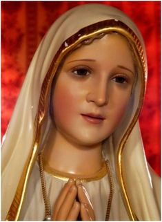 Blessed Mother Mary, Blessed Virgin Mary, Mother And Father, San Maria, Mary Magdalene, Pictures To Paint, Painting Pictures, Hail Mary, Jesus Pictures