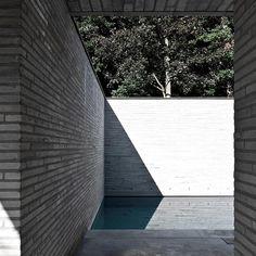 Graphic simplicity from Vincent Van Duysen, Alba, Belgium, Sidewalk, Around The Worlds, Architecture, Outdoor Decor, Instagram, Bricks