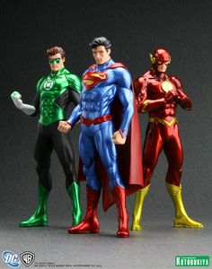 No matter what you think never forget Superman IS the leader of the Justice League. Everyone wants a Kryptonite bullet but they really need is to just accept it. Batgirl, Dc Comics Action Figures, Statues, Foto Top, Comic Manga, New 52, Marvel Vs, Marvel Comics, Dc Heroes