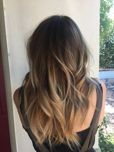 Hair Color Ideas For Brunettes For Summer That'll Give You Serious Hair Envy Balayage Ombre on Dark Hair.hair color ideas for brunettes for summerBalayage Ombre on Dark Hair.hair color ideas for brunettes for summer Como Fazer Ombre Hair, Cabelo Ombre Hair, Top Hairstyles, Summer Hairstyles, Natural Hairstyles, Latest Hairstyles, Layered Hairstyles, Brunette Hairstyles, Wedding Hairstyles