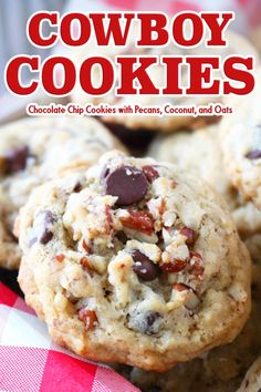 Cowboy Cookie Recipe An easy cookie recipe for Texas Cowboy Cookies brought to fame by former first lady Laura Bush! A chocolate chip cookie with oats, pecans, and coconut, it is fully loaded and the perfect party food and holiday dessert! Chocolate Chip Shortbread Cookies, Toffee Cookies, Oat Cookies, Spice Cookies, Yummy Cookies, Cookies With Oats, Recipe For Cookies, Chocolate Chips, Cowboy Cookie Recipe