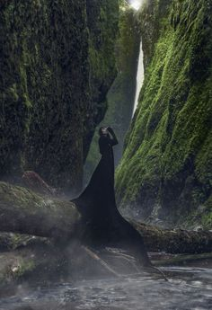 Ashley Joncas #bleaq #dark #photography