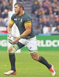 Duane Vermeulen stuck in rugby Rugby Sport, Rugby Men, Duane Vermeulen, South African Rugby, Jung Woo Sung, World Rugby, Rugby Players, My Childhood Memories, Nfl
