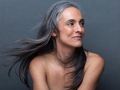 Graue Haare wachsen lassen: Grau werden - schön bleiben - BRIGITTE WOMAN