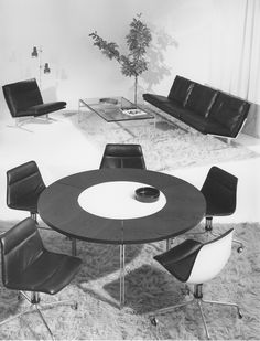 bo-563 sofa and bo-561 lounge chair in a stylish 1960s interior. Preben Fabricius & Jørgen Kastholm for bo-ex furniture. www.bo-ex.dk