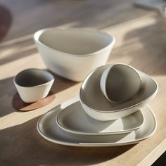 """LIND DNA on Instagram: """"Our CURVE STONEWARE collection has a clean and minimalistic design that is both stylish and rustic 🦢It can easily be mixed with your…"""" Minimalist Design, Dna, Stoneware, Cleaning, Rustic, Dining, Stylish, Tableware, Collection"""