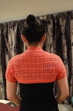 A crochet shrug made I saw on reddit.com.   Pretty!!  Anyone know where I can find a pattern like this one?  -Lee Ann H (cgli.us)