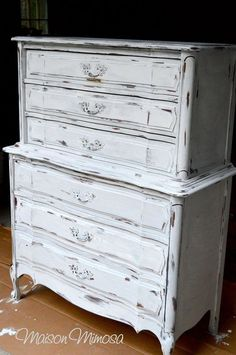 A Beautiful Dresser Finished And Distressed In Pure White Chalk Paint Decorative By Annie