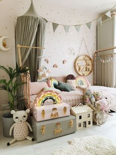 Grey and Blush girls bedroom by Velveteen Babies A dreamy girls bedroom with soft grey bed canopy and bunting by rainbow bed sheet by Swedish Linens, rainbow light by Little Lights, and garlands and mobiles by Velveteen Babies. Styled by Velveteen Babies. Baby Bedroom, Baby Room Decor, Bedroom Bunting, Bedroom Girls, Childrens Bedrooms Girls, Room Baby, Rainbow Bedding, Rainbow Bedroom, Cool Kids Rooms