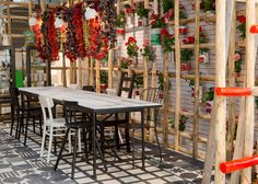 IKEA Temporary presents kitchen concepts at Milan pop-up Kitchen Cabinets Pictures, Ikea Interior, Paola Navone, Italian Cafe, Id Design, Kitchen Installation, Teen Room Decor, Pop Up, Bar