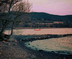 From the top of #mountains to the #shores of the #HudsonRiver, the #HudsonValley has it all.  Nothing better than taking-in the #sunset in such a #relaxing and #serene #environment, like Beacon Point. Have a great evening, everyone! #Beacon #NY #BeaconNewYork #OptOutside  #Sail #SailBoat #Sailing #ThatsTheLife