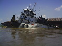 Tugboats, Steam Boats, Cool Boats, Shipwreck, Metalworking, Cavalier, Boating, Woody, Mississippi