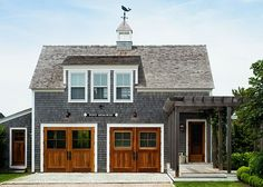 Nautical curb appeal