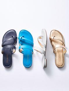 e13eca33b Gia Toe-Ring Sandals - Metallic Nappa