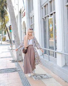 Modern Hijab Fashion, Street Hijab Fashion, Hijab Fashion Inspiration, Islamic Fashion, Muslim Fashion, Modest Fashion, Casual Hijab Outfit, Ootd Hijab, Korean Outfit Street Styles