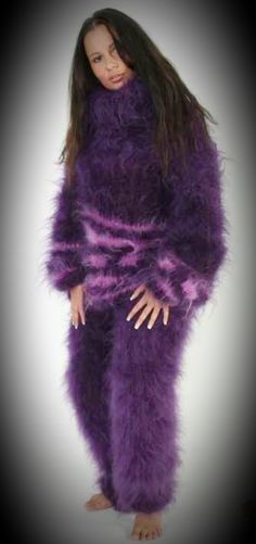 Fluffy Sweater, Angora Sweater, Sweater Fashion, Sweater Outfits, Gros Pull Mohair, Catsuit, Dress Up, Female, Womens Fashion