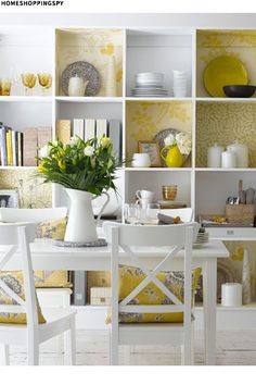 Styling Your Shelves--The use of color in this styling is very pleasing to the eye
