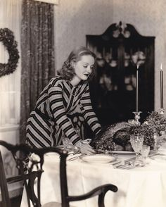 "myhollywoodaffair:  ""Bette Davis in 40s  ""  Dinner party"
