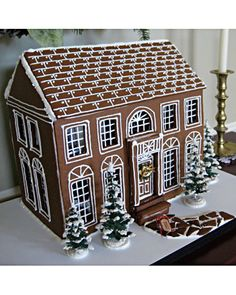 49 Delicious Gingerbread Christmas Home Decoration Ideas - About-Ruth Delicious gingerbread christmas home decoration ideas 30 Gingerbread House Template, Cool Gingerbread Houses, Gingerbread Village, Christmas Gingerbread House, Christmas Treats, Christmas Baking, Christmas Home, Gingerbread Cookies, Christmas Cookies