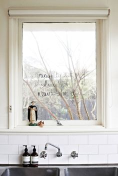 Roomie Blog - affordable interior design, inspiration, and styling