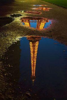 Eiffel Tour of Reflection