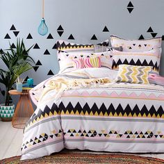 Yellow Pink Black and White Aztec Stripe Print Bohemian Style Unique 100% Cotton Twin, Full Size Bedding Sets for Girls