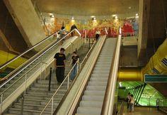 Passagens - Ação Cultural do Metrô, Sao Paulo, 2007 Acrilico sobre tela - 9 paineis de 280x215 cm Cultural, Fun, Tela, Artists, Paintings, Hilarious