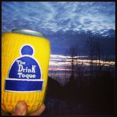 First après of the season, enjoying the sunset from a 'secret spot' #snowboarding #cypressmountain #drinktoque #apres