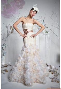 robe de mariée dentelle transparente on Pinterest  Robes, Rosa Clara ...