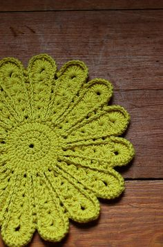 love, love, love  green, green, green,  crochet, crochet, crochet  Does it get any better?