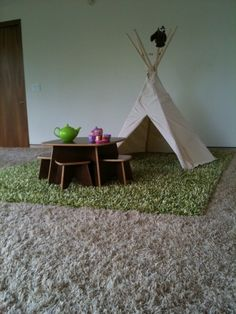 テントとマットのコンビネーションがいい!誰か、このテントの張り方教えて