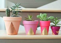 Quer deixar a sua casa ainda mais linda e cheia de amor? Então confira como fazer esses vasinhos. Um DIY fácil e único! Link na BIO