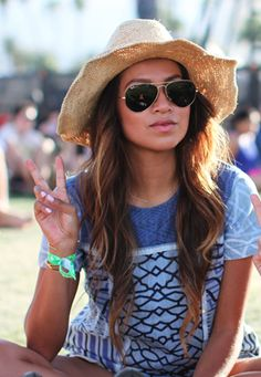 Love the long hair and peace sign