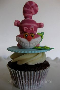 Cheshire Cat by www.heytherecupcake.com, via Flickr