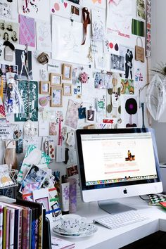 24 Creative workplaces or Home offices