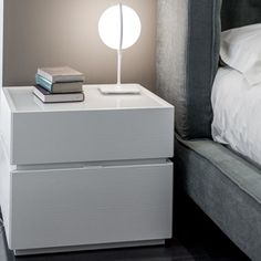 Room Ideas Bedroom, Home Bedroom, Bedroom Furniture, Modern Furniture, Bedside Drawers, Nightstand, Side Table With Drawer, Chess Table, Night Table