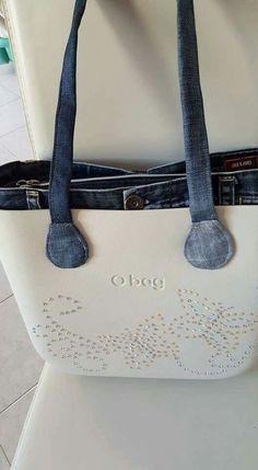 I love it ❤️❤️❤️ O Bag, Diy Fashion, Fashion Bags, Sacs Kipling, Sacs Tote Bags, Everything Designer, Purse Wallet, Purses And Handbags, Bag Accessories