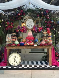 Best Birthday Party Decorations For Teens Alice In Wonderland 57 Ideas Alice In Wonderland Tea Party Birthday, Alice Tea Party, Alice In Wonderland Decorations, Alice In Wonderland Theme, Winter Wonderland, Birthday Party Decorations, Party Themes, Wedding Themes, Mad Hatter Party