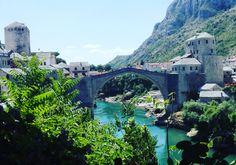 Uhraamme yhden Dubrovnikin matkapäivistä lähtemällä opastetulle retkelle Mostariin.